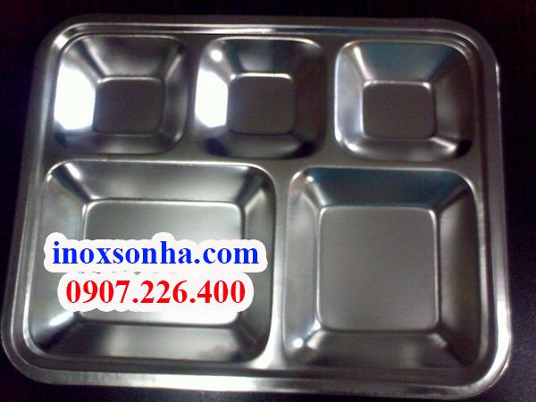 http://inoxsonha.com/upload/images/khay-5-ngan%20(4).jpg